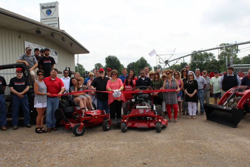 Mahindra of Ken-Tenn Ribbon Cutting